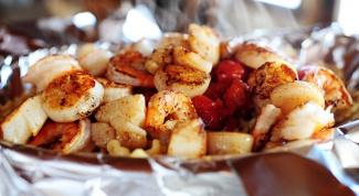 Морепродукты с печеными томатами по-итальянски
