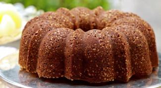 Как испечь творожно-шоколадный кекс с орехами