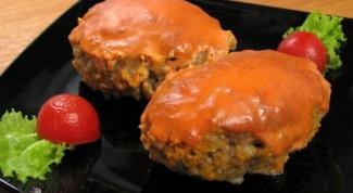 Ленивые голубцы со сметанно-томатным соусом