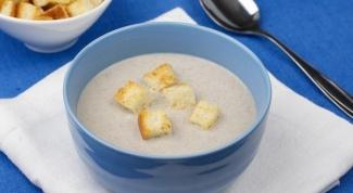 Как приготовить грибной суп-пюре с сухариками