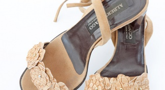 How to update old sandals