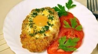 Как приготовить шницель с яйцом