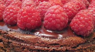 Как делать пироги со свежей малиной