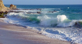 What dream of the sea big waves
