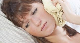 От чего может воспалиться лимфоузел за ухом