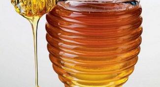 Как правильно пить молоко с медом при простуде