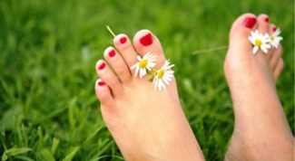 Why crack the skin between the toes