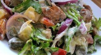 Рецепт вкусного салата из сайры