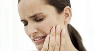 Why hurt pulpless tooth