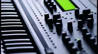 Сколько стоит синтезатор