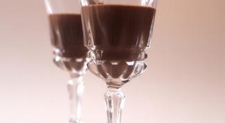 Как приготовить шоколадный ликер