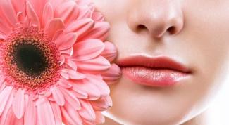 Уход за сухими губами