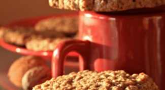 Как приготовить рассыпчатое овсяное печенье