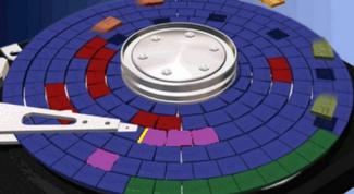 Нужны ли программы для дефрагментации диска