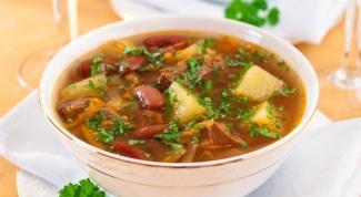 Сытный и вкусный  суп с фасолью