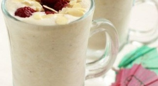 Как сделать банановый коктейль-мороженое