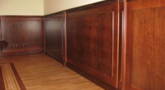 Как произвести отделку стен деревянными панелями?
