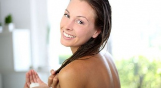 Поможет ли репейное масло против выпадения волос