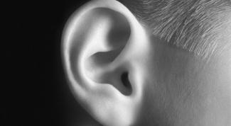 Что делать, если правое ухо начало хуже слышать
