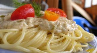 Как сделать сливочную подливу к макаронам с помидорами