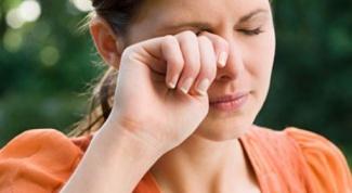 Что делать, если чешутся глаза