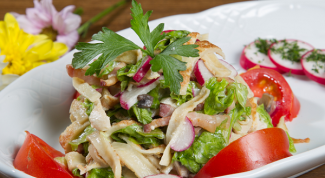 Рецепт салата с блинами