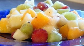 Как приготовить фруктовый салат с соусом