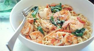 Как приготовить пасту с креветками и шпинатом
