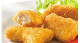 Куриные кусочки с соусом чили