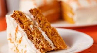 Морковный пирог с медовой глазурью