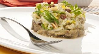 Как приготовить салат из трески с баклажанами
