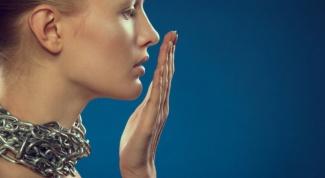 Как узнать, почему пахнет изо рта