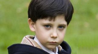 Почему у ребенка темные круги под глазами