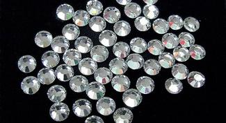 Из чего делают кристаллы Сваровски