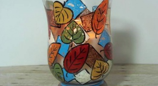 Как расписать стеклянную вазу с помощью губок