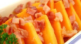 Закуска из тыквы с грушами и беконом
