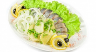 How to cook herring with vinegar and oil