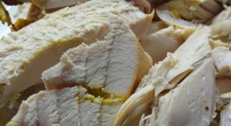 Индейка, запеченная в ароматном соусе
