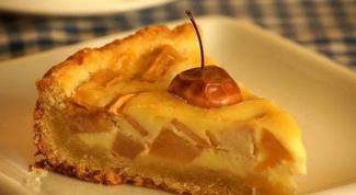 Печем удивительный яблочный пирог - ириску
