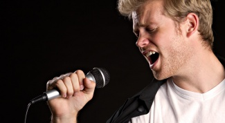 Как вести себя на сцене вокалисту