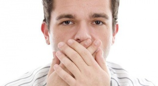 Как перестать икать: три необычных способа
