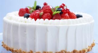Как приготовить трехслойный бисквитный торт