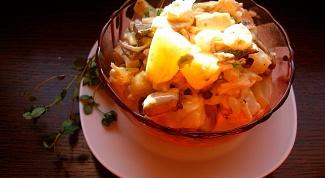 Запеченные ананасы с курицей и фисташками