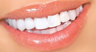 Что делать, если пожелтели зубы