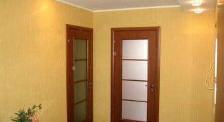 Как самостоятельно установить дверь в квартире?