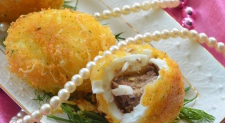 Яйца в кляре с чечевично-сырной начинкой