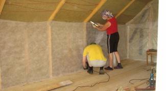 Как правильно утеплить деревянную мансарду