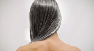 В каком возрасте начинают появляться первые седые волосы