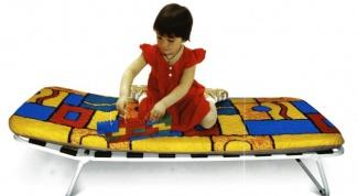 Как выбрать раскладушку для ребенка