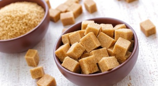 Как производят коричневый сахар
